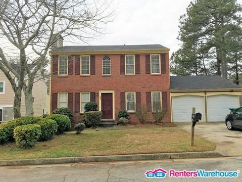 585 Woodcrest Manor Drive Photo 1