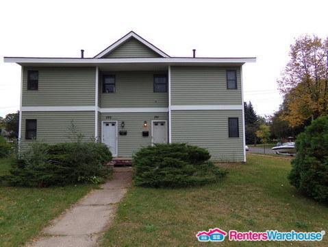 703 Tyler Street NE Photo 1