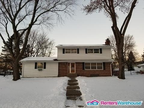 1037 Cottage Place Photo 1