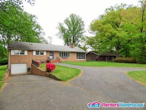 7916 Lewinsville Road Photo 1