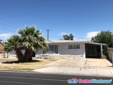 1401 E Oakey Boulevard Photo 1