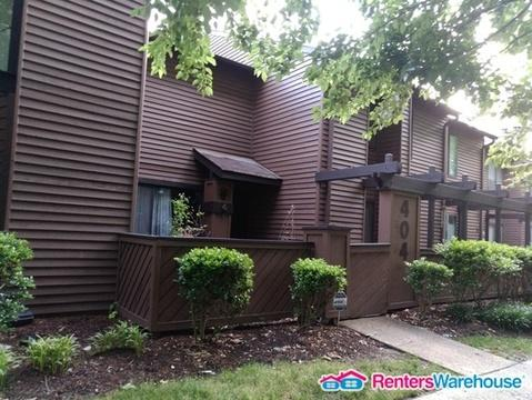 404 Abbotsleigh Court Photo 1
