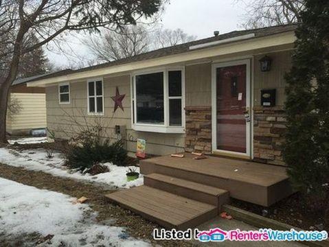 10933 Irwin Ave S House Photo 1