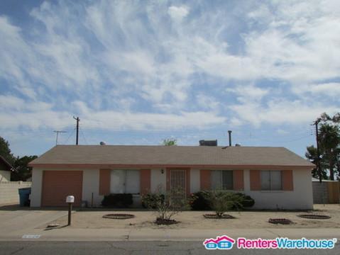 4826 N 69th Drive Photo 1