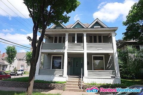 1631 6th Street NE #1 Photo 1