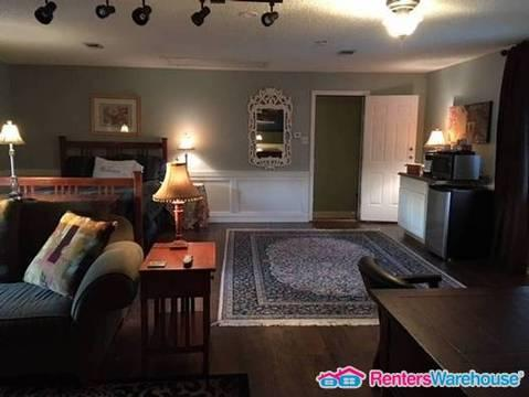 Lovely Furnished Studio Apartment in North Arlington Photo 1