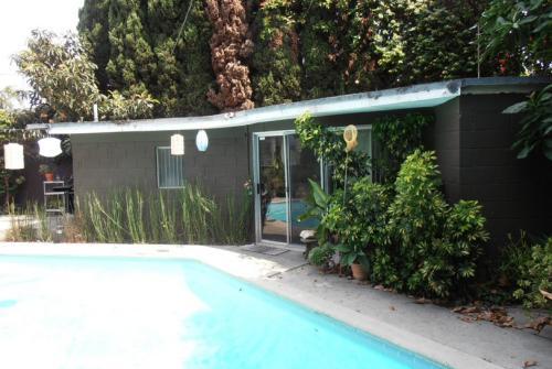 4160 Michael Ave STUDIO Photo 1
