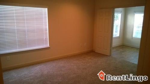 2089 Pacific Boulevard Photo 1
