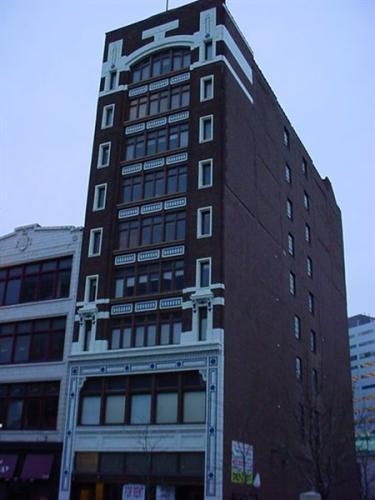 1323 Broadway St Photo 1