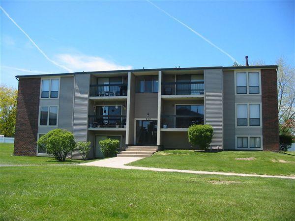 214 S Hewitt Rd Photo 1