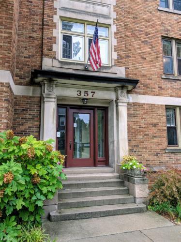 357 Madison Avenue SE Photo 1