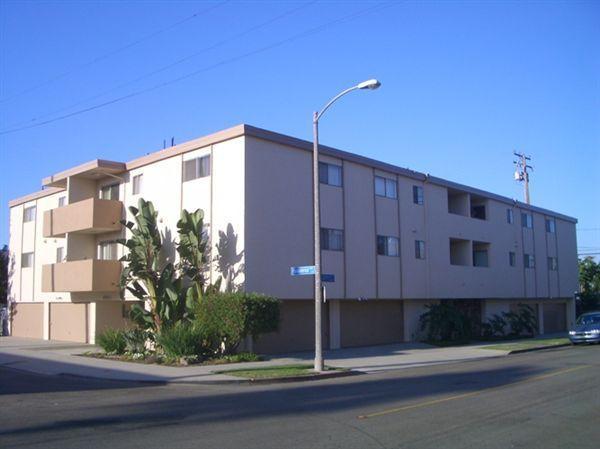 2691 Pasadena Ave Photo 1