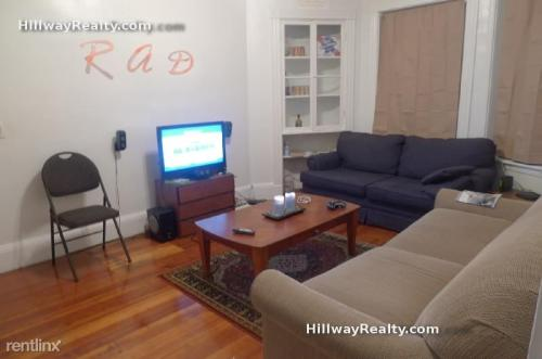 862 Huntington Avenue Photo 1