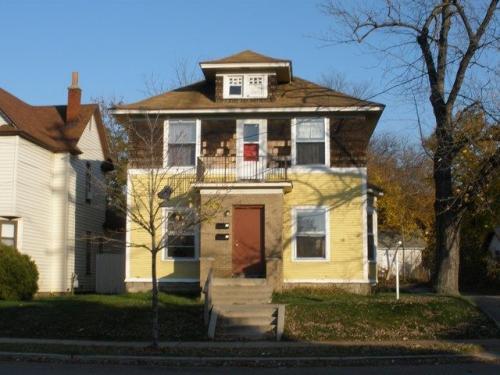 944 Eastern Avenue SE Photo 1