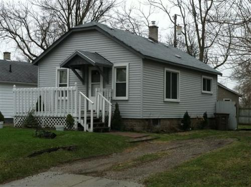 670 Rosewood Place Photo 1