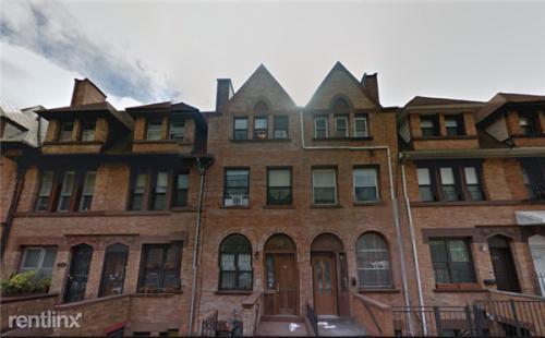 390 Lafayette Avenue Photo 1