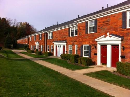 Carriage Hill Townhouses Photo 1