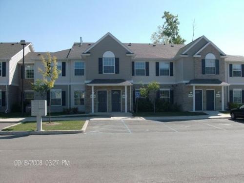 8940-8956 Charlotte Court Photo 1