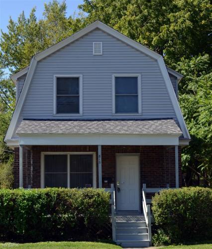 815 Dupont Street Photo 1