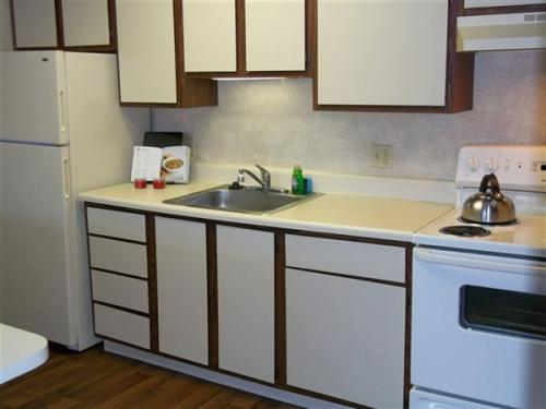 1 bed, 1.0 bath, 576 sqft, $570 Photo 1