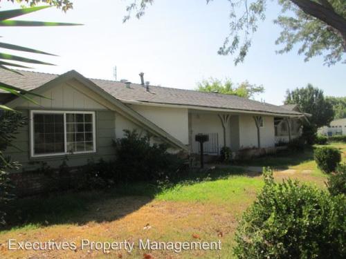 386 E Olive Avenue Photo 1