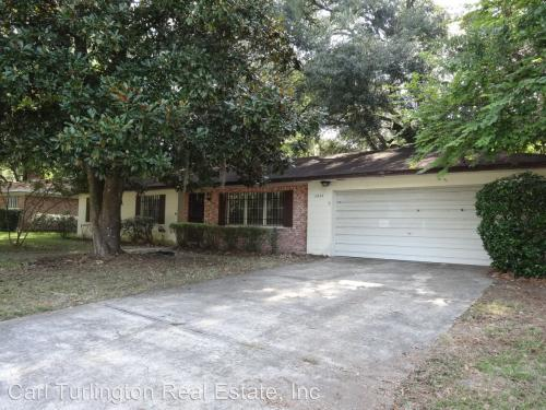 1227 NW 39 Dr Photo 1