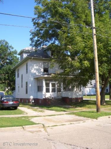 301 N Johnson Photo 1
