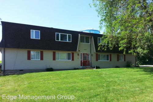 1637 Carriage Hill Photo 1