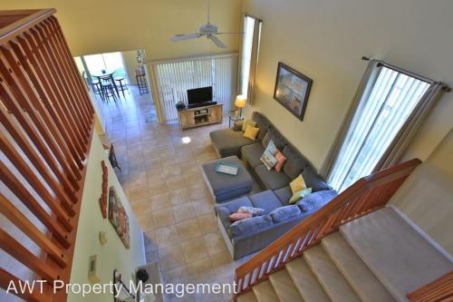 2 Avalon Terrace Photo 1