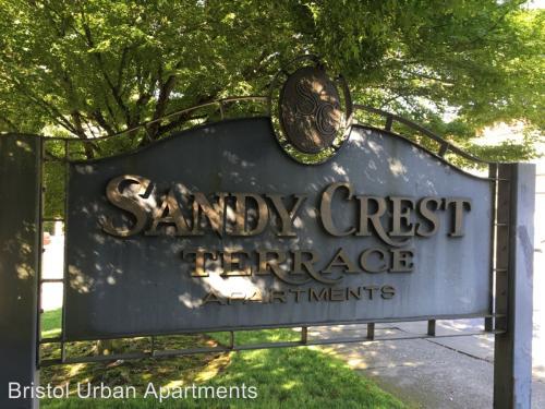 5500 NE Sandycrest Terrace #4 Photo 1