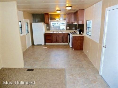3 bed, $1,050 Photo 1