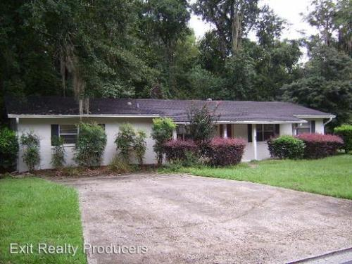 4921 NW 37th Dr Photo 1