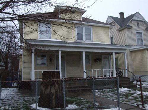 1126 Grandville Avenue SW #1 Photo 1