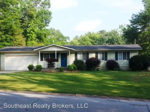 255 Ferncliff Drive Photo 1