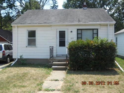 1313 W Mount Hope Ave Photo 1