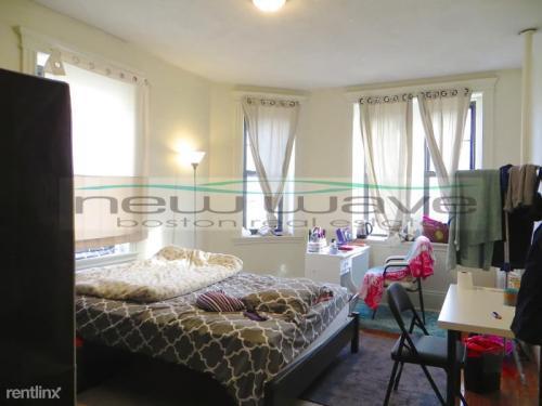 2 bed, 1.0 bath, $2,750 24 Photo 1