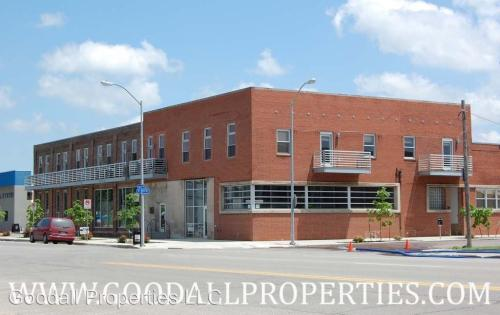 301 E Court Avenue #204 Photo 1