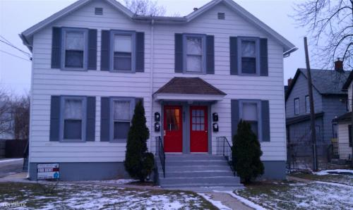 607 N Poplar Street Photo 1