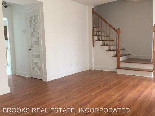 302 London Company Way Photo 1