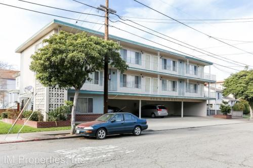 1815 Santa Clara Avenue #D Photo 1