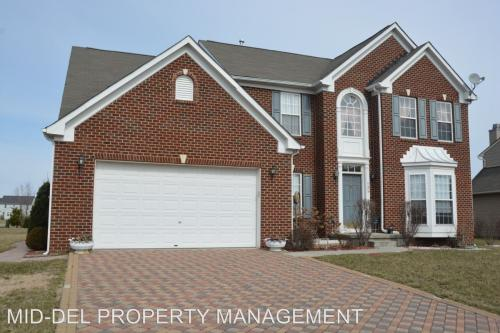 135 Coldwater Drive Photo 1