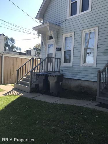683 Villa Street B Photo 1