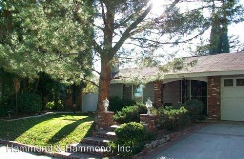 11025 Lindley Ave Photo 1
