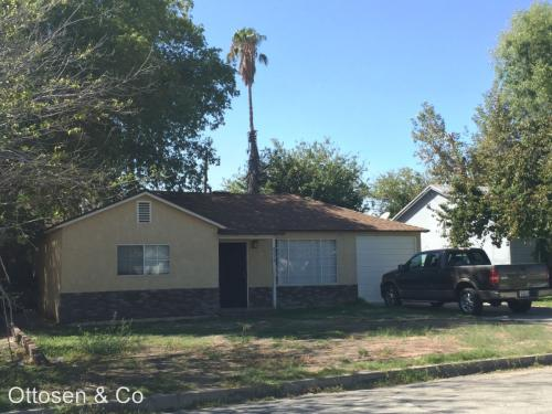 2736 Lugo Avenue Photo 1