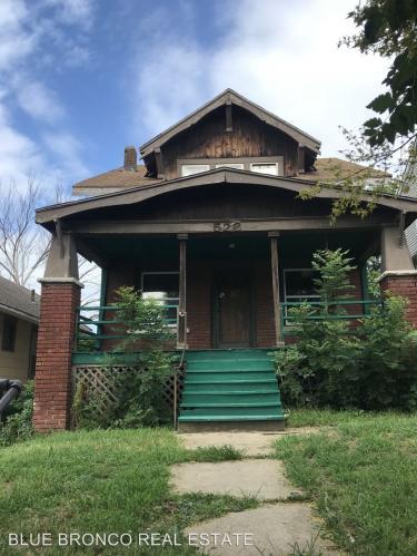 526 Norton Avenue Photo 1