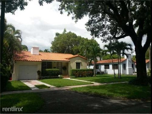 509 Alcazar Avenue Photo 1