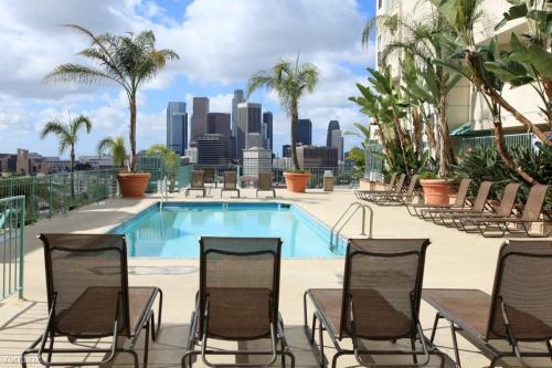 930 Figueroa Terrace Photo 1