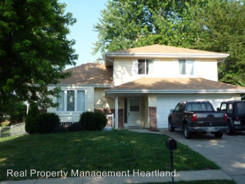 1403 Willow Ave Photo 1