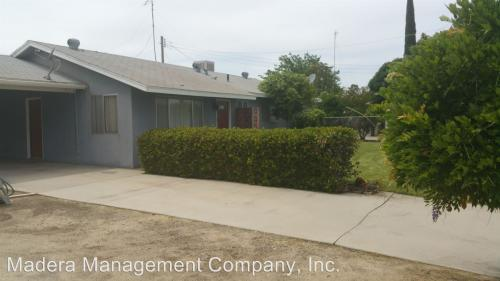 9522 Golden State Boulevard Photo 1