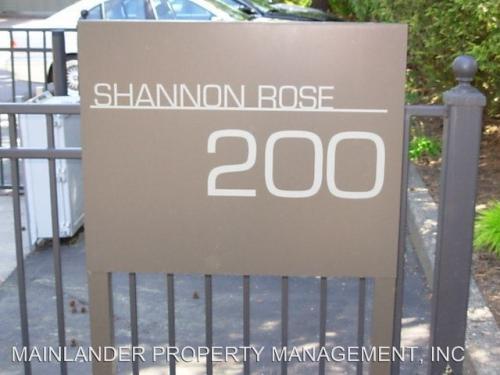 200 Burnham Street Photo 1